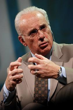Calvinist Pastor John MacArthur
