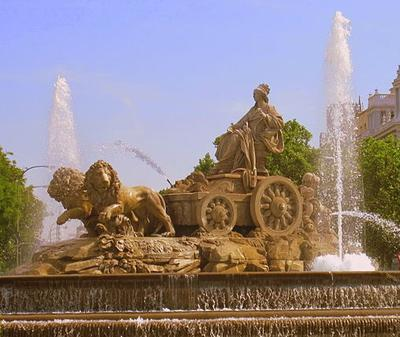 Madrid fountain depicts Cybele